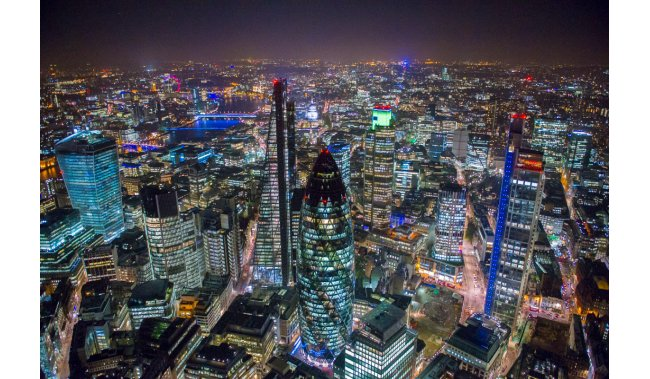 Pariz i London, Veličanstveni sjaj