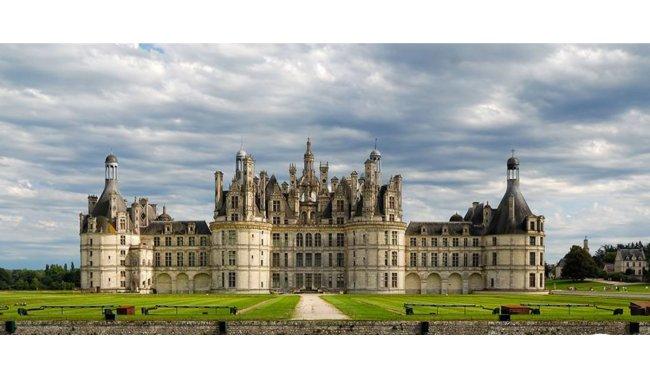Dvorci Loire i Pariz - 5 dana